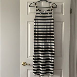 NEVER WORN H&M Stripped Maxi Dress